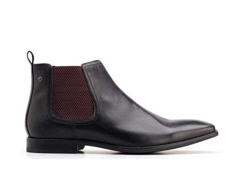 Base William Chelsea Boots